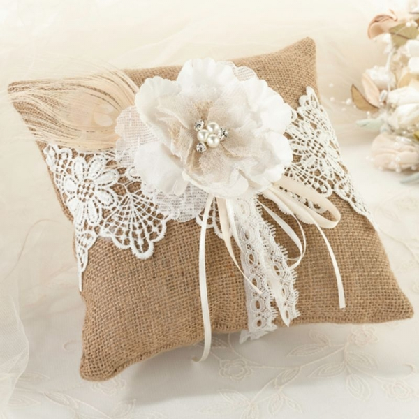 Burlap Ring Cushion