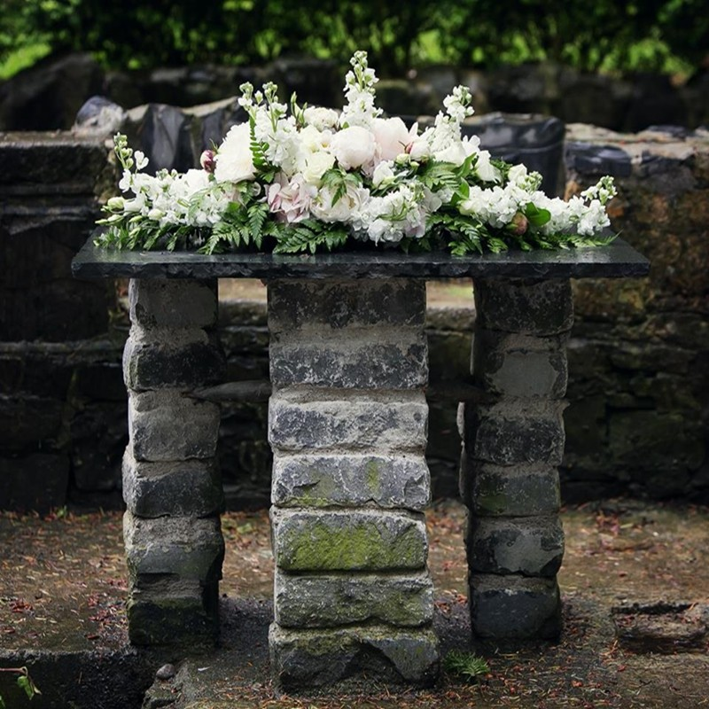 Ceremony Arrangement Style 8