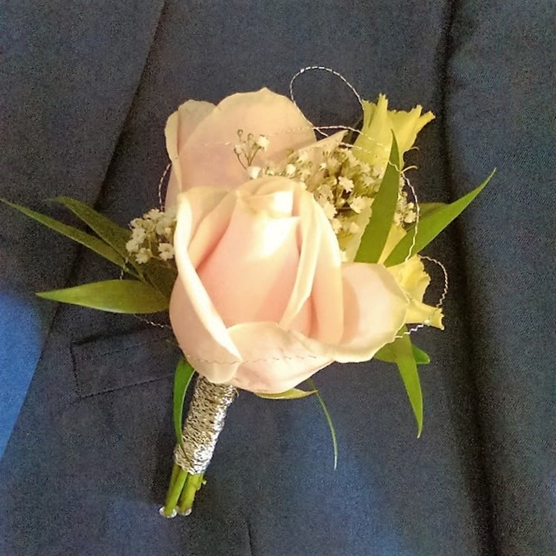 Corsage Style 8