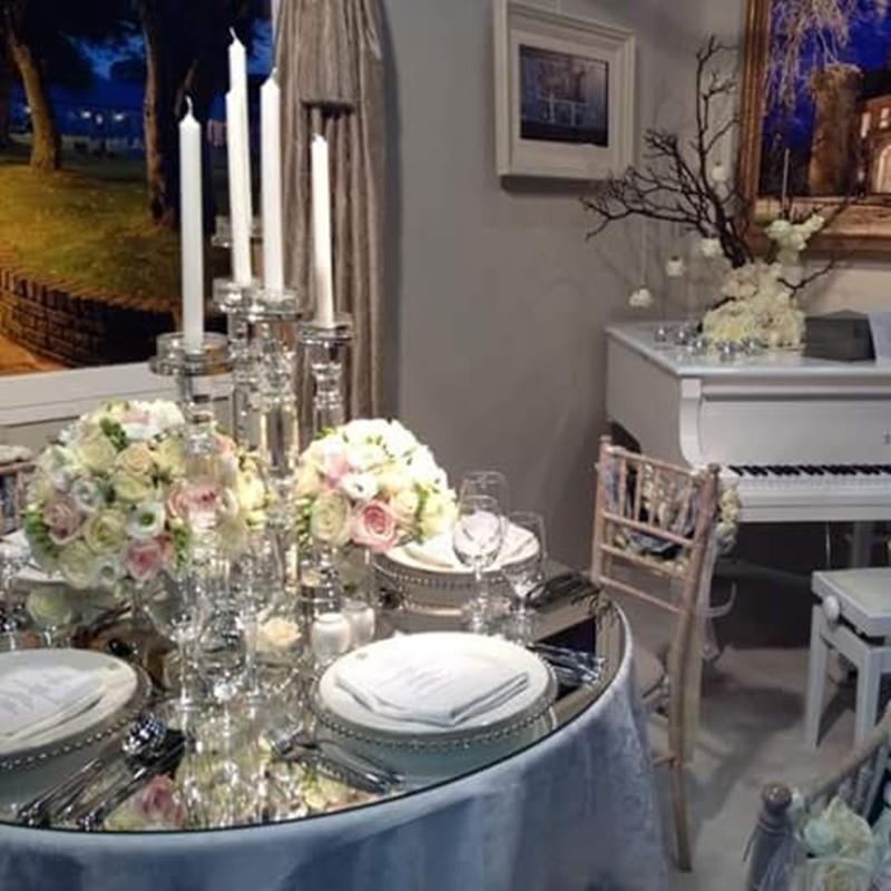 Table Arrangement Style 2