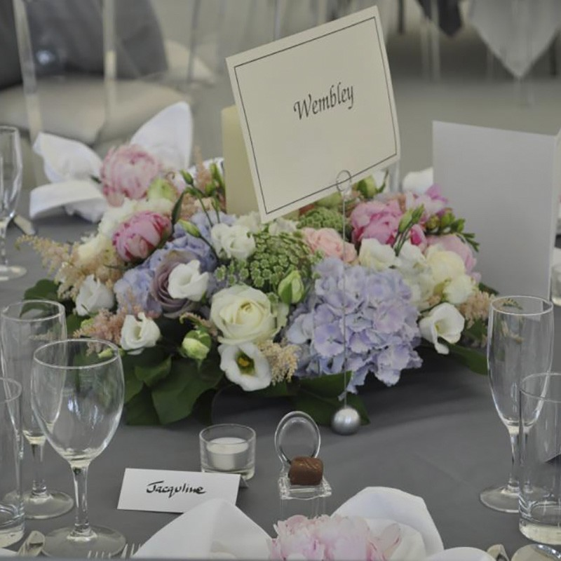 Table Arrangement Style 15