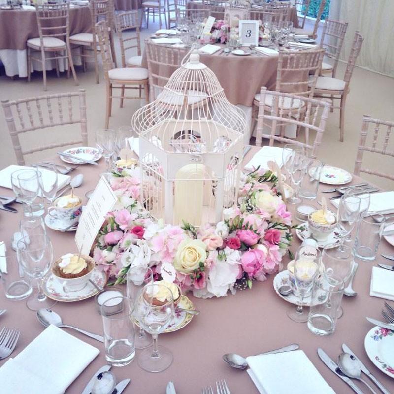 Table Arrangement Style 6